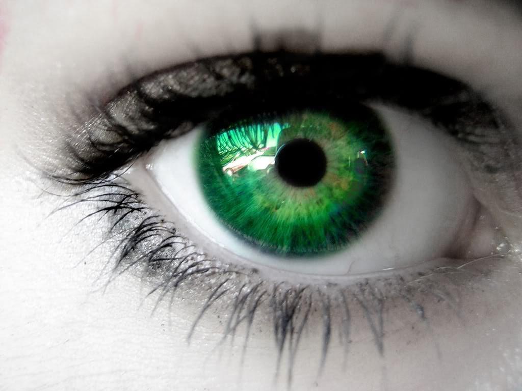 Green Eyes by catsastrofic