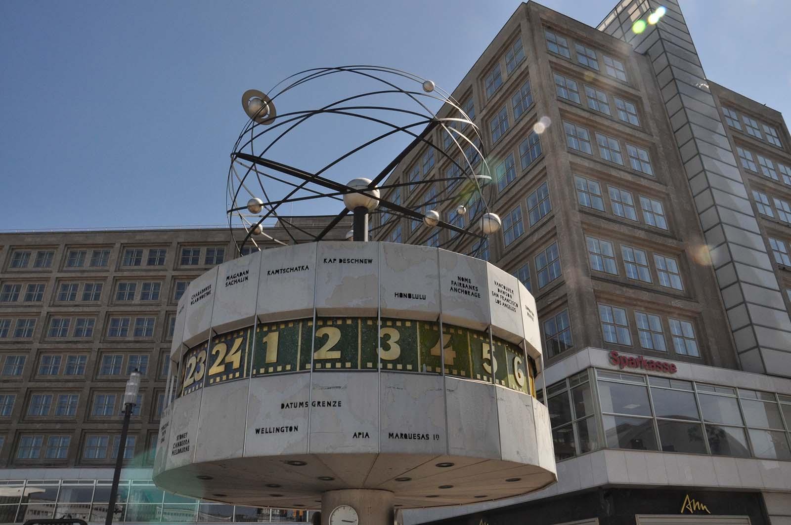 Berlino. Orologio Atomico