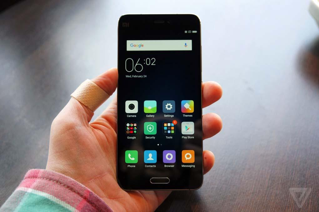Xiaomi Mi5 in nero è un gran bel vedere