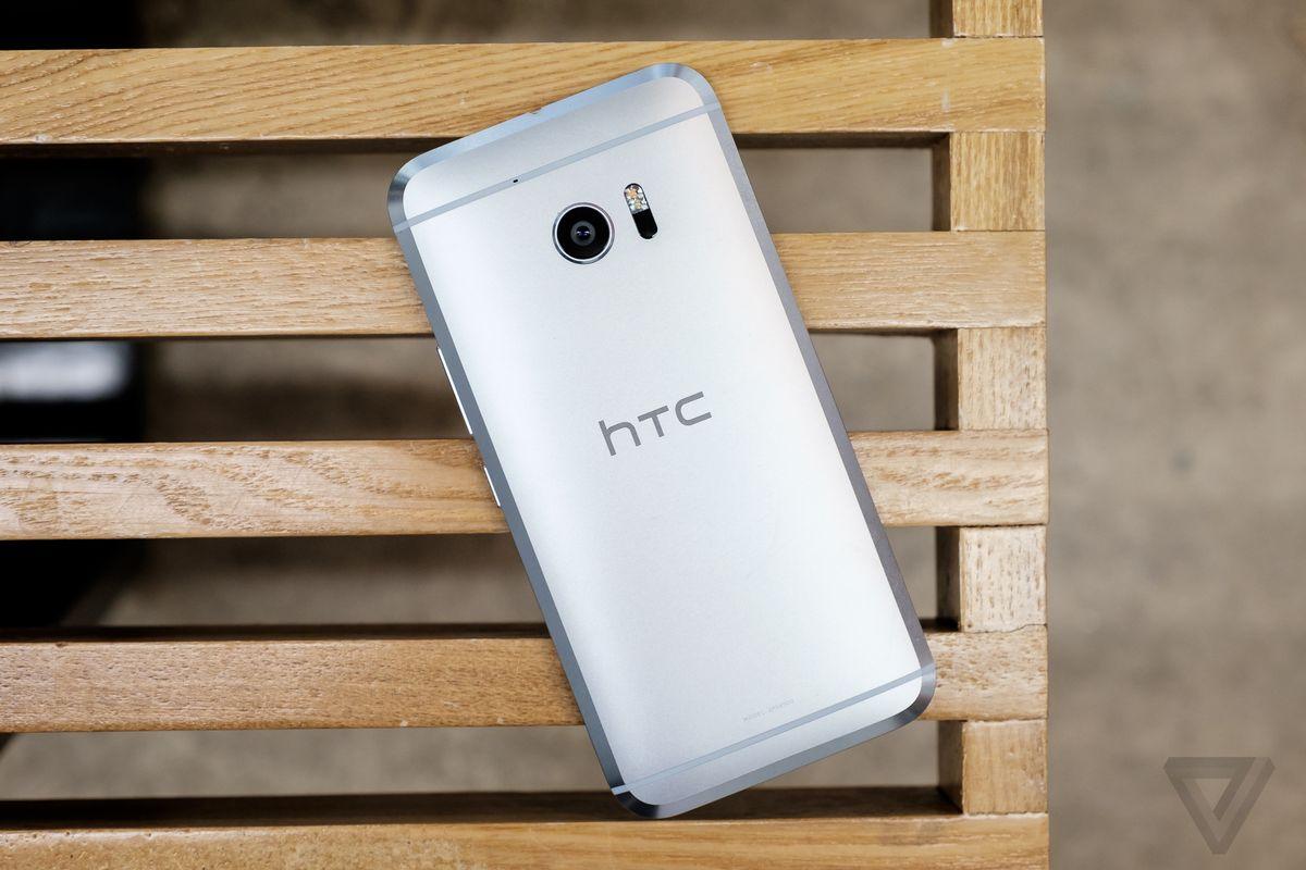 Retro HTC10