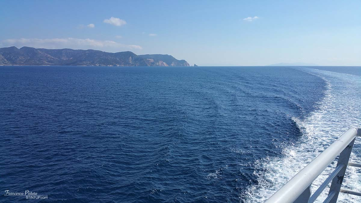 Road (ehm, boat) to Milos