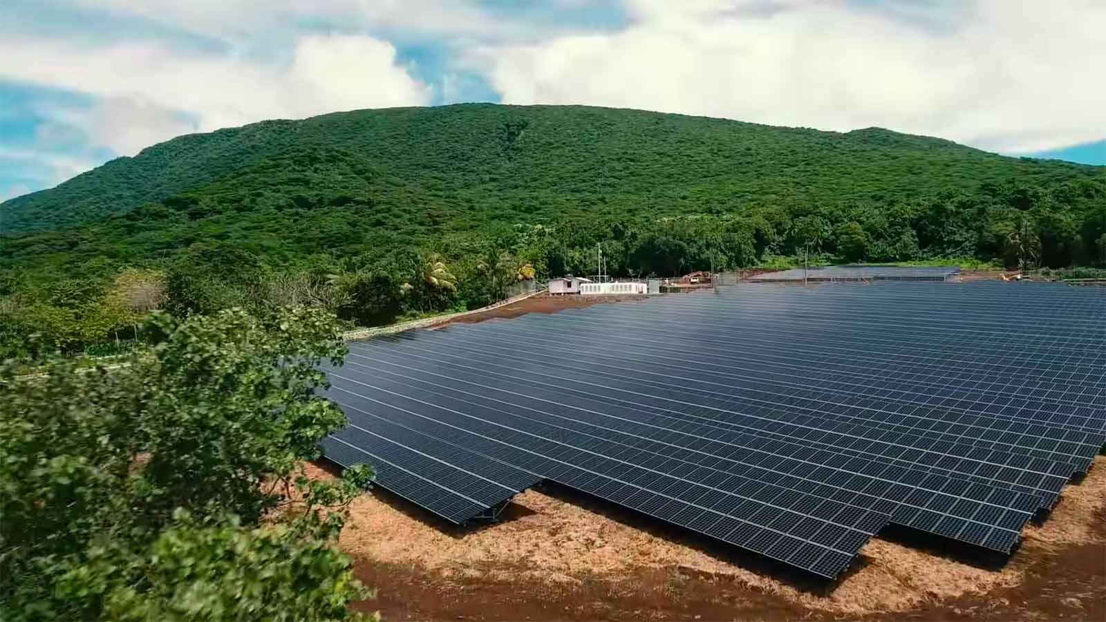 I pannelli Solar City che hanno resto indipendente Ta'u