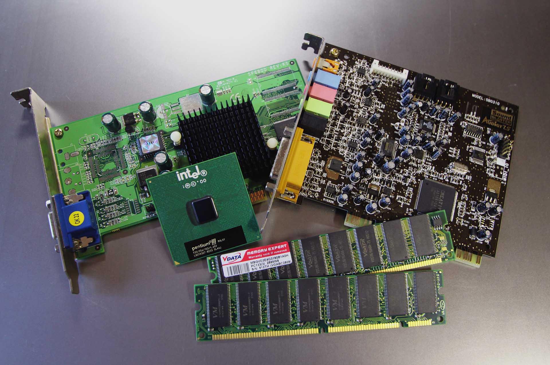 Internet su Hackintosh: schede PCI-E e USB per WiFi e Bluetooth