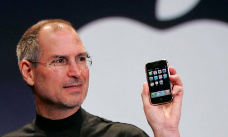 apple reinvents the phone how steve jobs launched the first ever iphone