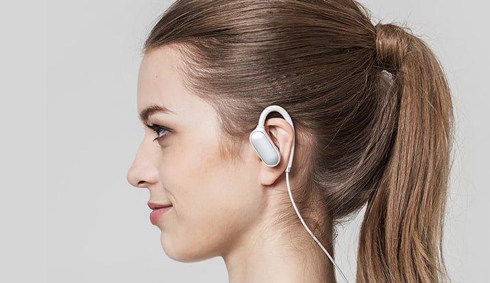 xiaomi headphone guide a newcomer mi sport bluetooth ear hook headphones 002