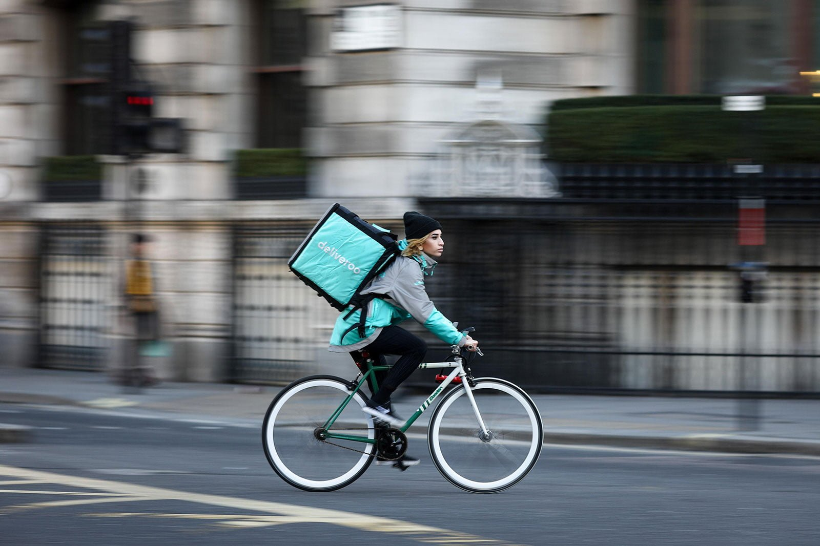 Amazon investe in Deliveroo