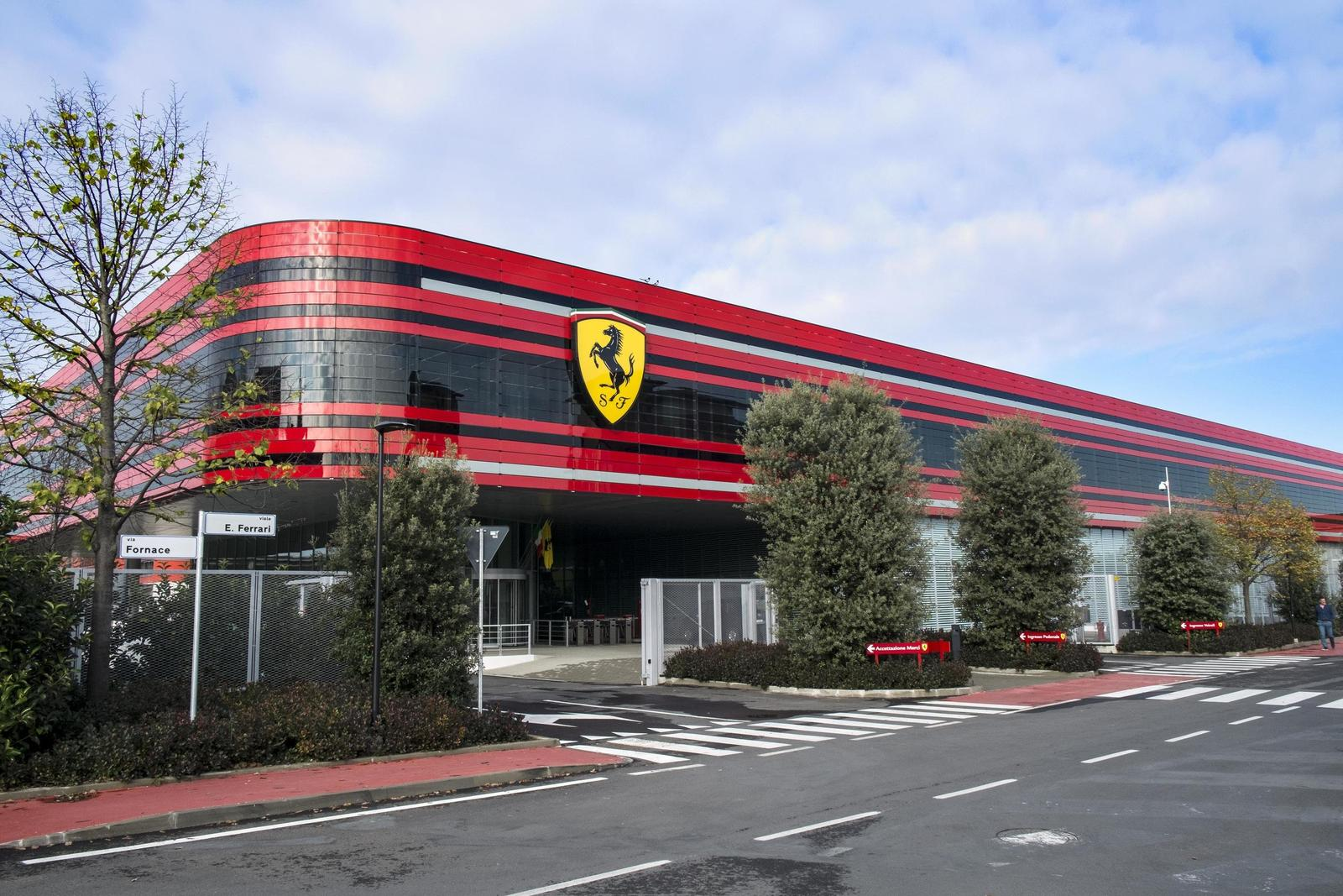Ferrari 3 2
