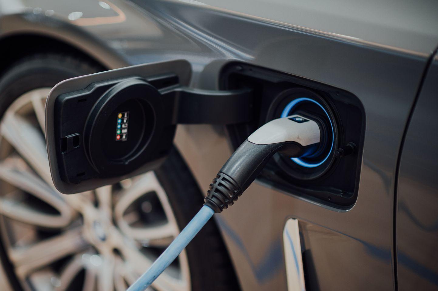 Regno Unito e auto elettriche